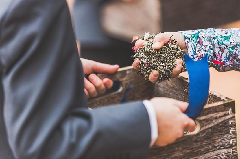barn wedding photographers in lincolnshire