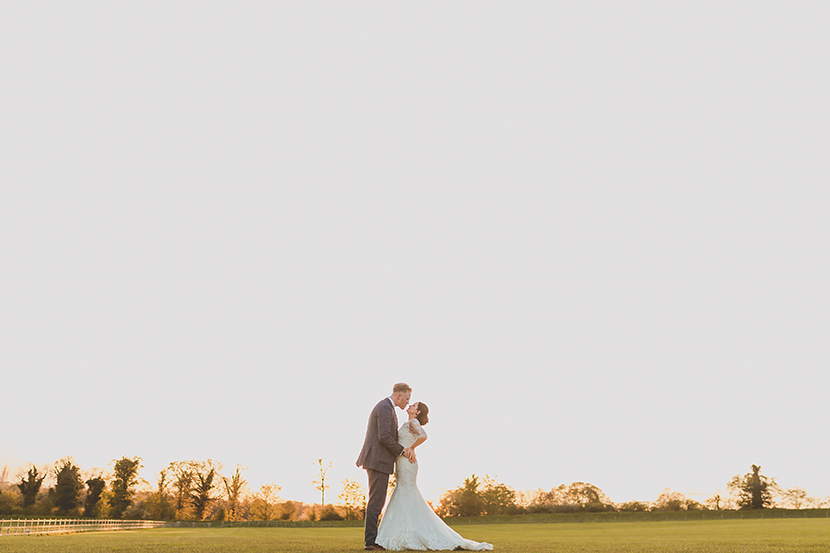 Hertfordshire wedding at Tewinbury farm. Photo by Sam and Louise www.samandlouise.co.uk