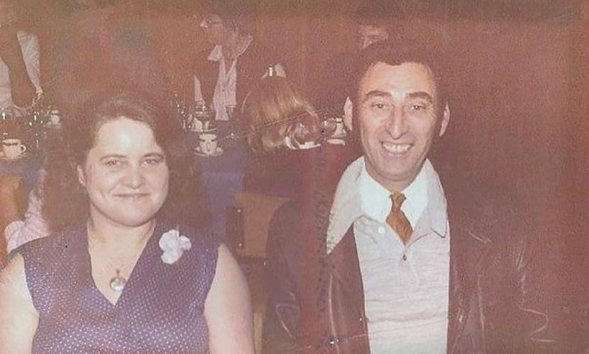 Print your photos, vintage family photo