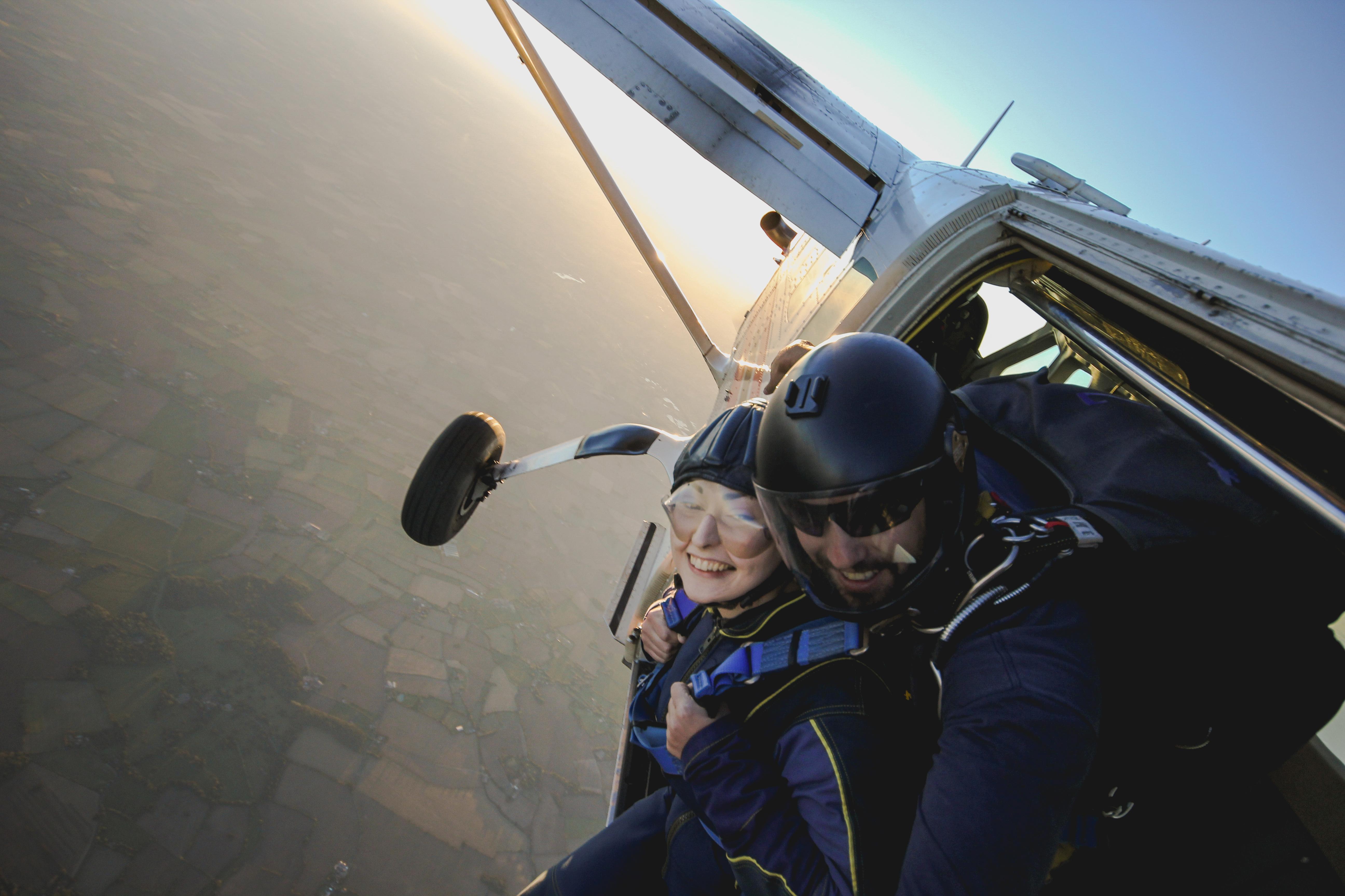skydiving wedding photographers